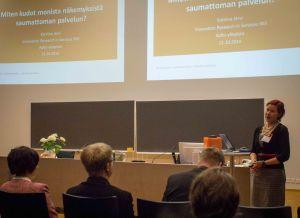 Katriina Järvi presenting at the service productisation seminar.